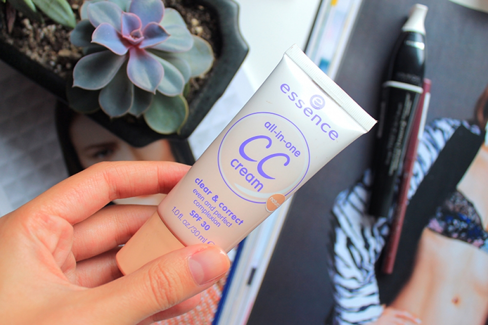 Essence CC cream All in one - clear & correct SPF 30